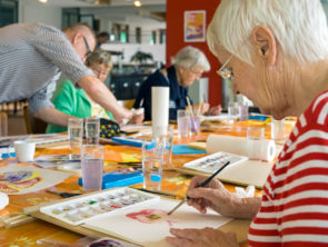 Benefits of Art Therapy for Seniors
